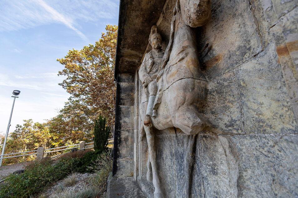 Das Reiterstandbild am Windbergdenkmal hat extrem gelitten, nun wird es erneuert.