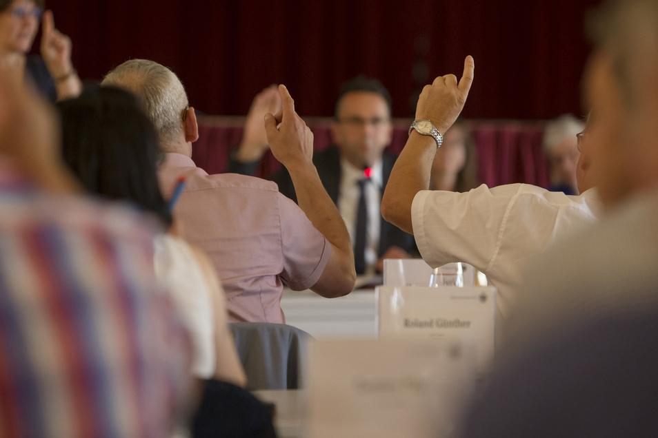 Steuervorauszahlungen sollen während der Corona-Krise unkomplizierter gestundet werden. Über einen entsprechenden Beschluss muss der Stadtrat Ende April befinden.