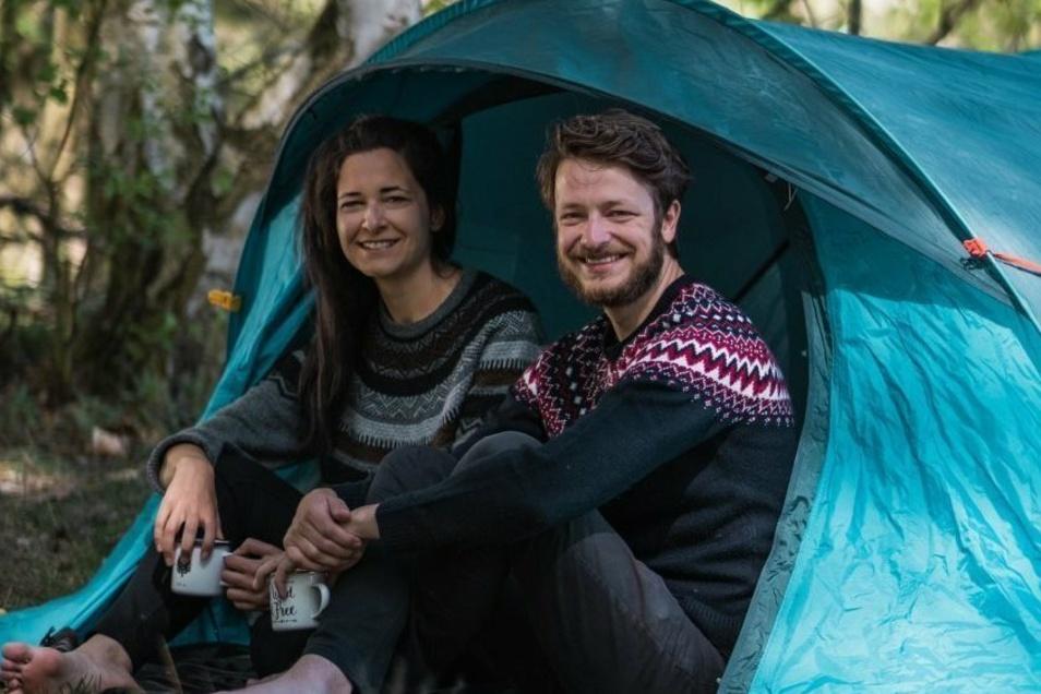 Es geht auch ohne Wohnmobil: Patrick Pirl und Anne-Sophie Hußel verhelfen zum Gratis Zelten in fremden Gärten.