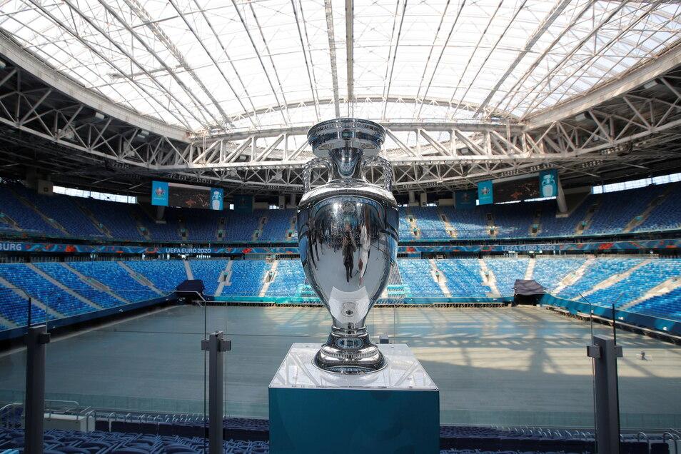 Sankt Petersburg, Sankt-Petersburg-Stadion: 30.500 zugelassene Zuschauer; sechs Gruppenspiele, ein Viertelfinale.