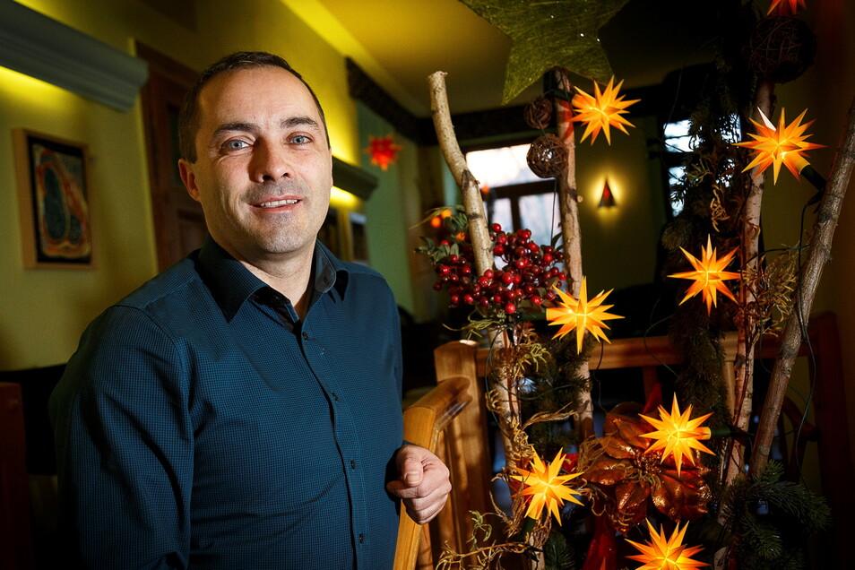 Enrico Walkstein ist Inhaber des Cafés Flair in Görlitz. Dazu hat er eine ausgeprägte soziale Ader.