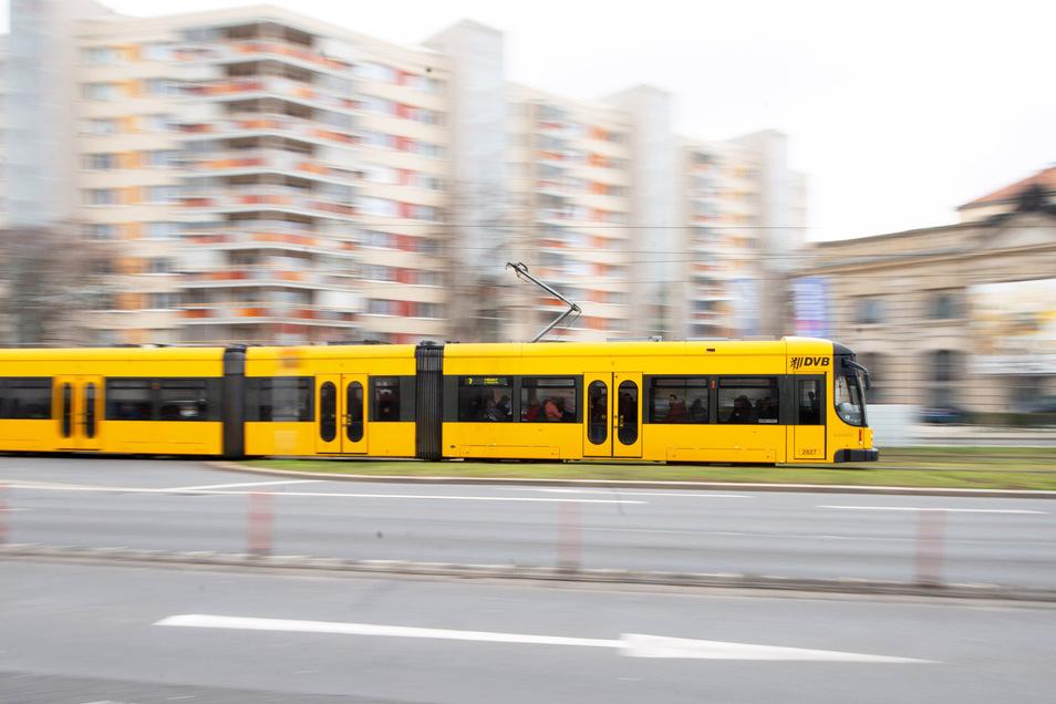 Fahrscheine für die Straßenbahn gibt es ab Montag auch wieder am Albertplatz.
