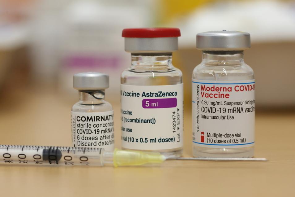 Im Impfzentrum in Pirna standen bisher Impfstoffe von Biontech, Astrazeneca und Moderna zur Verfügung. Das ändert sich nun.