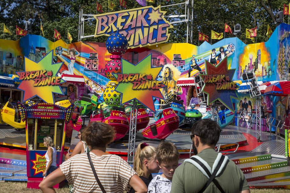 Zahlreiche Attraktionen locken alljährlich Tausende Besucher auf den Jahrmarkt in Kreischa.