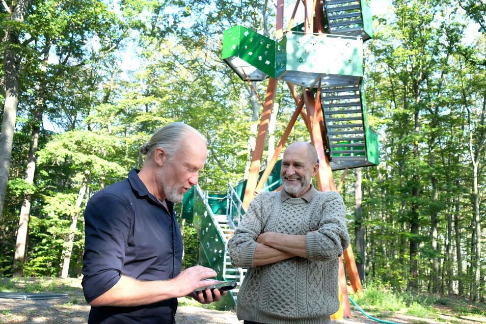 Axel Silbermann (l.) und Wilfried Kröger haben touristische Ziele von vier Kommunen in einer Internetpräsenz zusammengefasst.