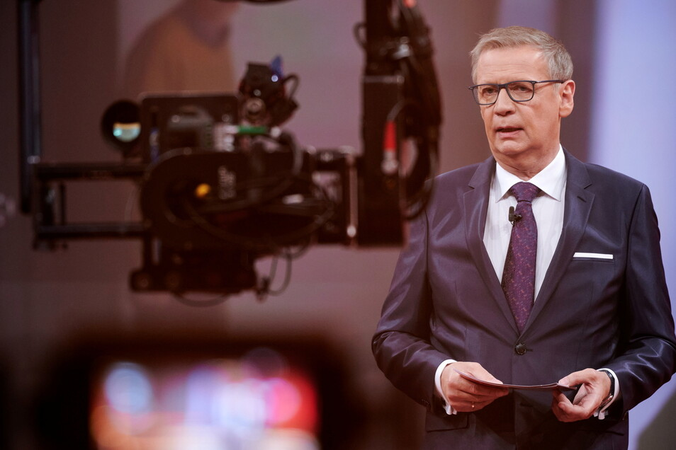 Nach einem positiven Corona-Test befindet sich TV-Moderator Günther Jauch weiterhin in Quarantäne.