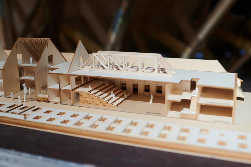 Das Modell zeigt, wie der Ostflügel im Inneren einmal aussehen soll.