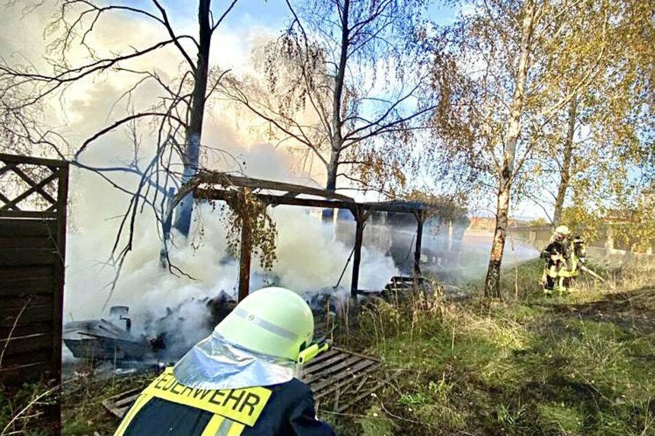 30 Feuerwehrleute rückten zum Löschen an.