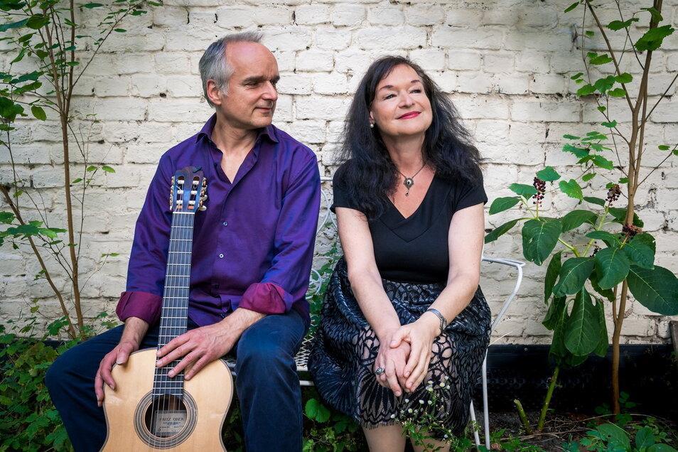 Esther Lorenz und Peter Kuhz treten in der Görlitzer Frauenkirche am 6. März mit einer musikalischen Reise durch das Judentum im Rahmen einer Andacht auf.