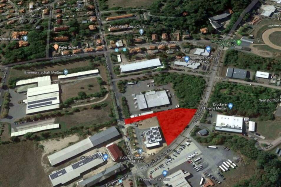 Auf der rot eingefärbten Fläche im Gewerbegebiet Ost will ein Radebeuler Autohaus eine Meißner Niederlassung errichten.