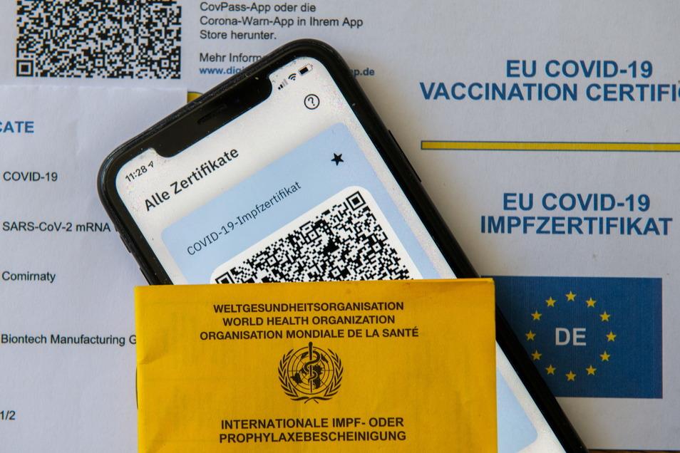 In seinen Medizinischen Versorgungszentren bietet Helios vollständig geimpften Personen den digitalen Impfpass an.