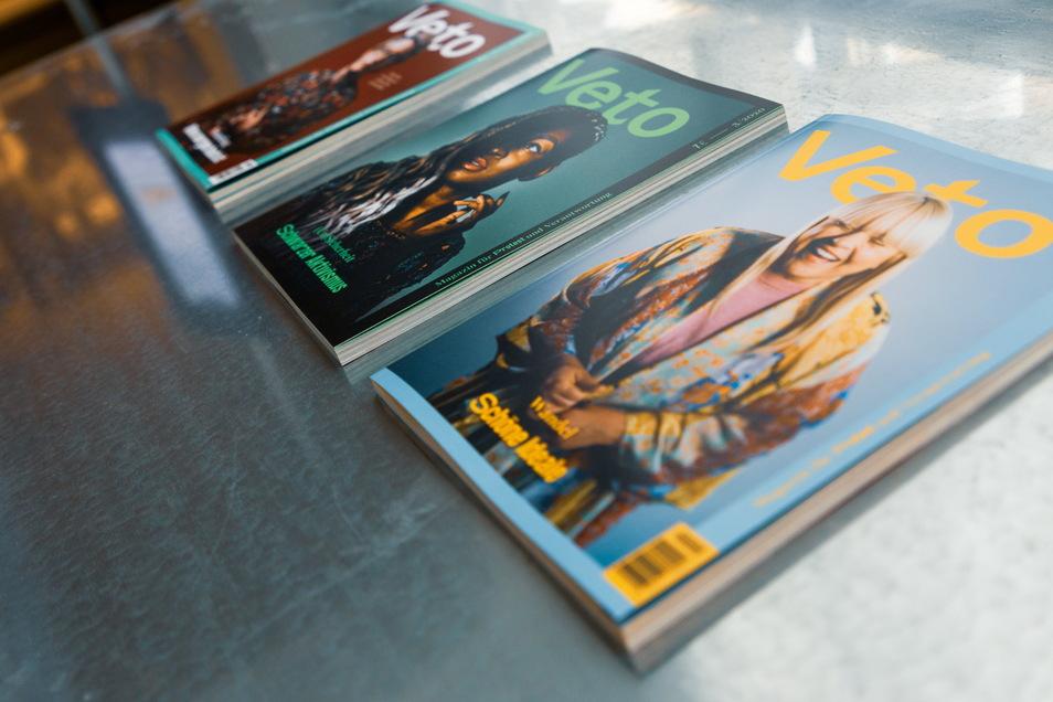 """Das Dresdner Magazin """"Veto"""" will Engagierte aus den verschiedensten Bereichen sichtbar machen. Das Design der Hefte, die viermal im Jahr erscheinen, entwirft Mandy Münzner."""