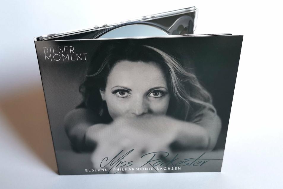 """Silvana Mehnert ist eines der """"Medlz"""" und gleichzeitig inzwischen als Solokünstlerin erwachsen geworden. Drei Alben hat sie schon veröffentlicht, in ihrem ganz eigenen Stil."""