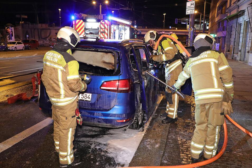 Die Dresdner Polizei ermittelt wegen Brandstiftung.