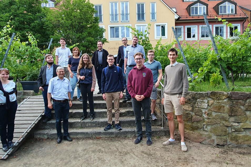 Bereits im Sommer hatten Vertreter der Radebeuler CDU mit Radebeuler Schülern diskutiert. Ein Thema war auch digitaler Unterricht.