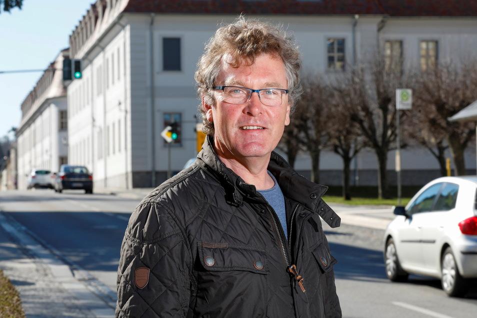 Hartmut Tittmann ist als Inhaber seines Herrnhuter Reisebüros bekannt. Wegen Corona geht er jetzt - teilweise - neue Wege.