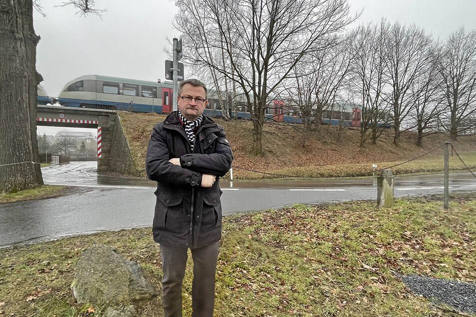 Der Steinaer Bürgermeister Sandro Bürger wünscht sich einen Bahn-Haltepunkt im Ortsteil Weißbach.