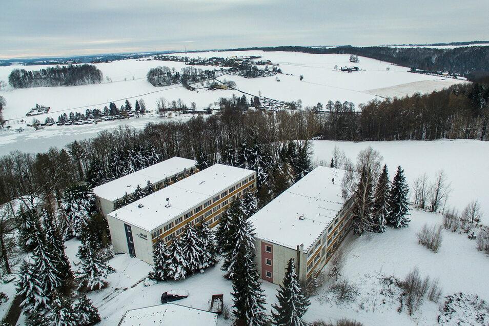 Der Beschluss zum Verkauf des Hotels am Kriebsteinsee in Höfchen muss ein weiteres Mal verschoben werden.