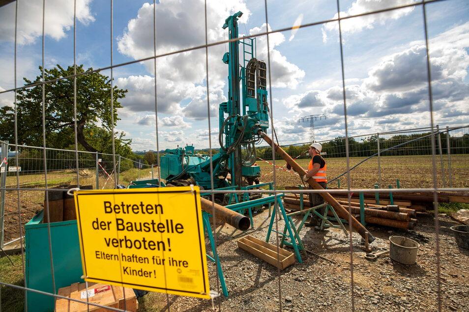 In Großsedlitz begannen im vergangenen Sommer die Probebohrungen der Bahn.