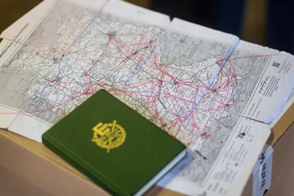 Wohin lenkt das Schicksal den Wanderer als Nächstes? Die Landkarte wird bald einen neuen roten Strich bekommen.