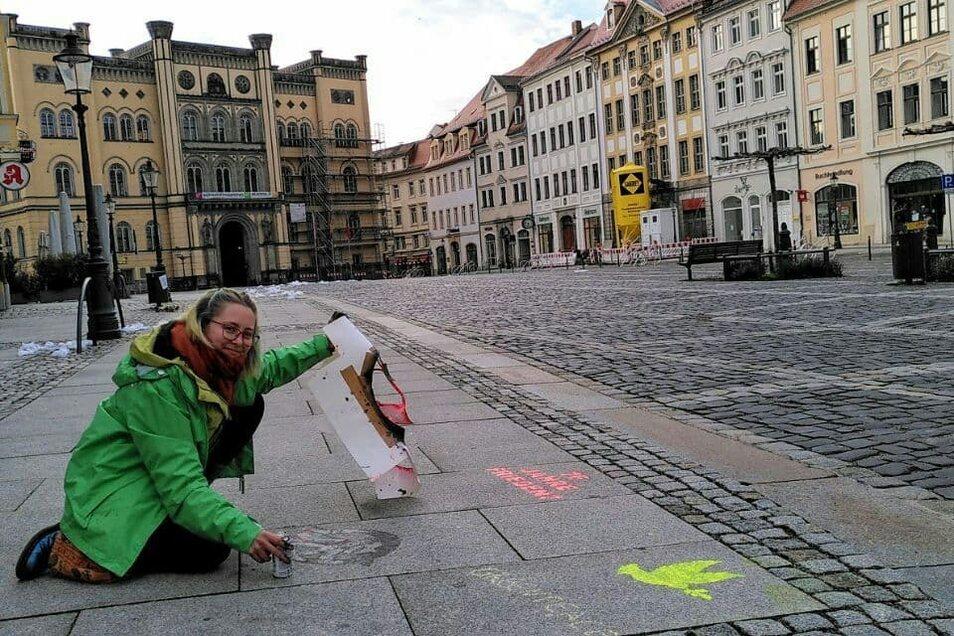 Celeste-Regina Fischer gehört zur Oberlausitzer Greenpeace-Gruppe. Die sucht weitere Mitstreiter.