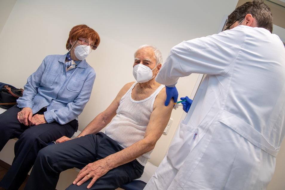 Mindestens 80 Prozent der über 80-Jährigen in den EU-Ländern sollten bis Ende März gegen das Coronavirus geimpft sind.