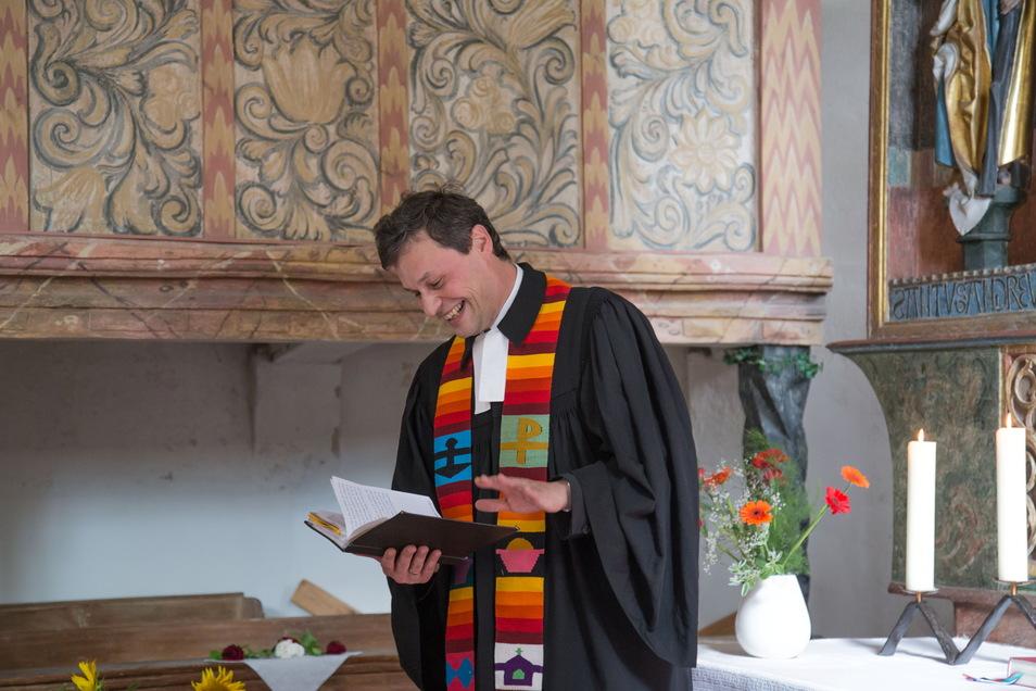 Spaß bei der Arbeit - den hat Pfarrer Christian Huth ab September im Umland von Hoyerswerda. Seine Stelle in See läuft aus.
