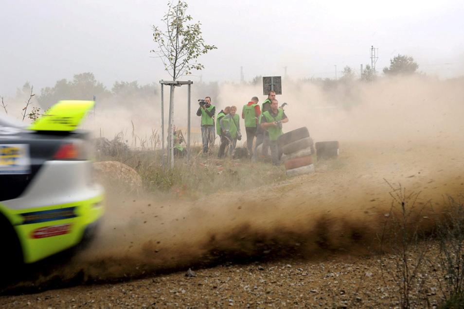 Bei der 23. Internationalen ADMV Lausitz-Rallye des RRC muss es diesmal gänzlich ohne Publikum abgehen. Die Veranstalter appellieren ausdrücklich, sich daran zu halten.