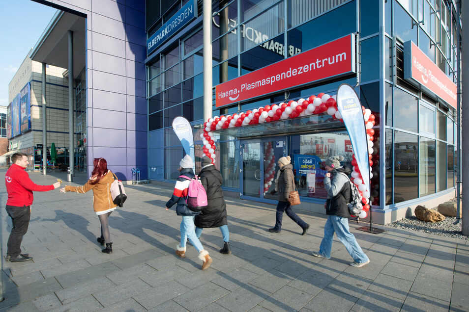 Am Freitag hat das Plasmaspendezentrum im Elbepark offiziell eröffnet.