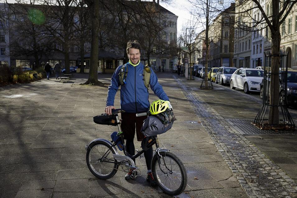 Kleines Rad, wenig Gepäck: So will Sebastian König vom 4. bis 8. Dezember auf Tour sein.
