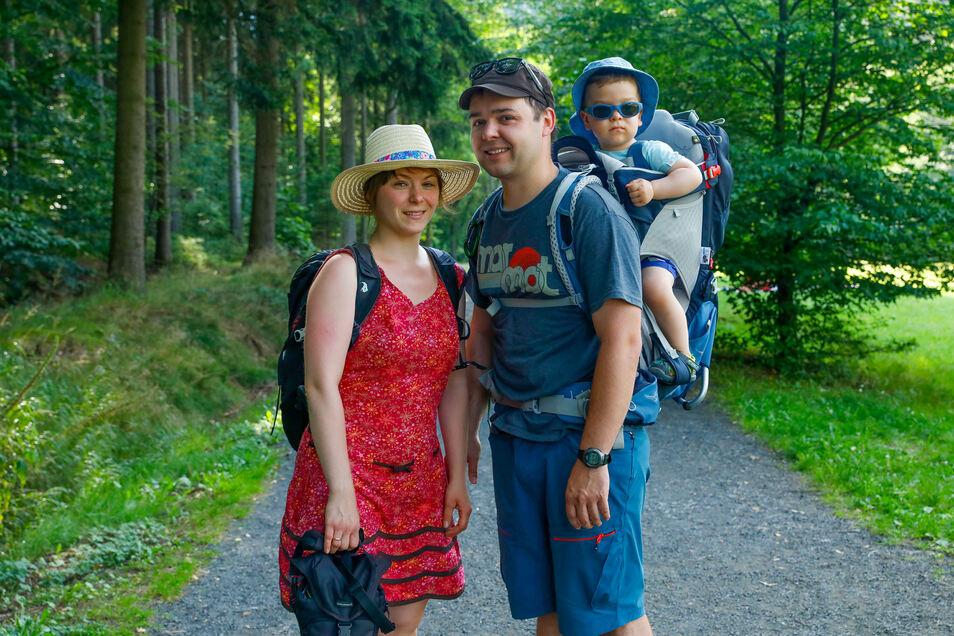 Familie Trittmacher genießt gerade einen spontanen Urlaub im Zittauer Gebirge.
