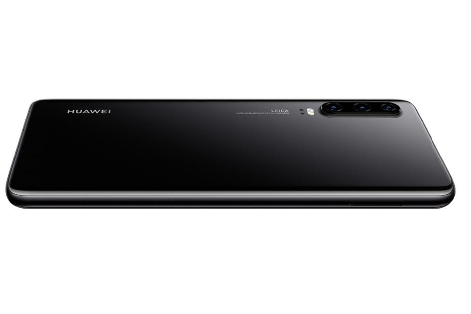 Das Huawei P30 in schwarz