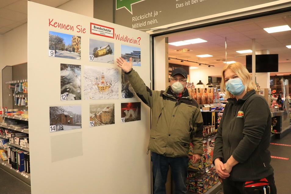 Steffen Felber hat beim Einkaufen die neuen Fotos entdeckt, die an einer Brandschutztür im Waldheimer CAP-Markt hängen.