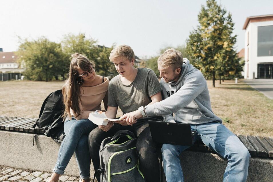 Studenten auf dem Riesaer Campus. In diesem Jahr muss die Schnupperwoche an der BA per Videokonferenz stattfinden.