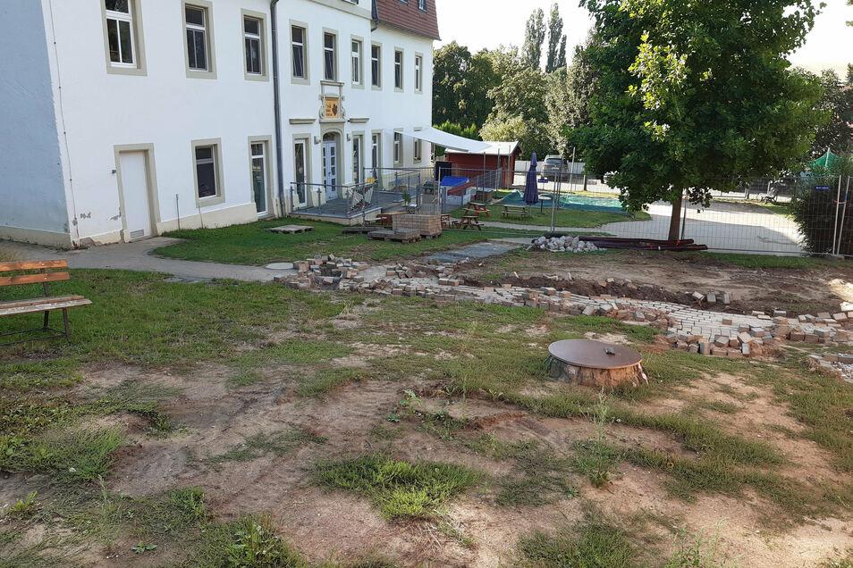 Das Gelände der Kita Waldspatzen ist aufgrund der Umbaumaßnahmen derzeit eine Baustelle.