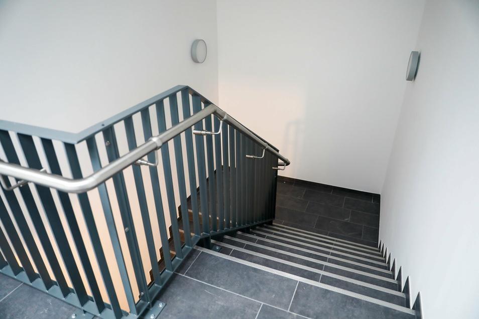 Der Treppenaufgang ins Obergeschoss wurde verlegt