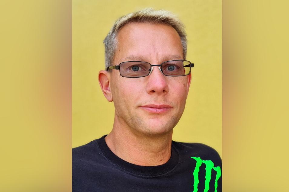 Stephan Uhlig bemängelt zu hohe Steuern und Benzinpreise.