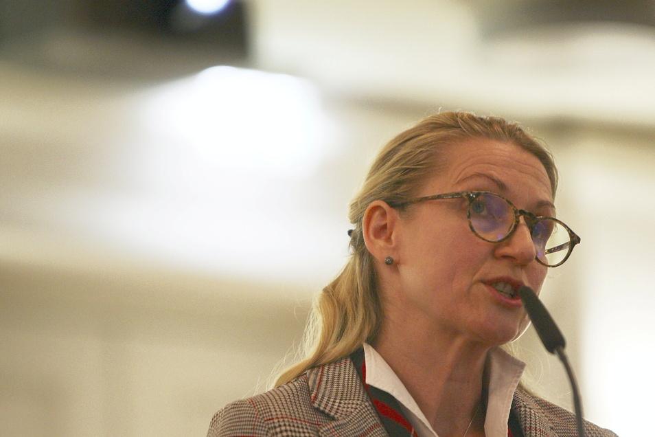 Pirnas CDU-Fraktionschefin Kathrin Dollinger-Knuth: So sieht keine solide und ehrliche Haushaltspolitik aus.