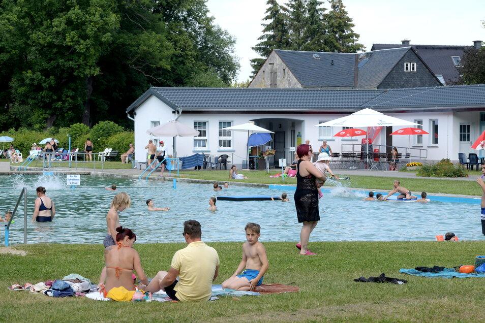 Viel los war in diesem Sommer im Volksbad Oderwitz nicht jeden Tag. Das Wetter war durchwachsen.