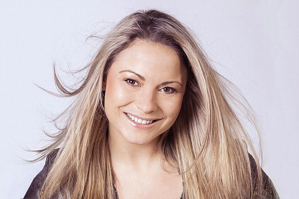 Für Sängerin Nicci Schubert aus Kodersdorf bedeutet Urlaub auch mal zu Hause zu bleiben.
