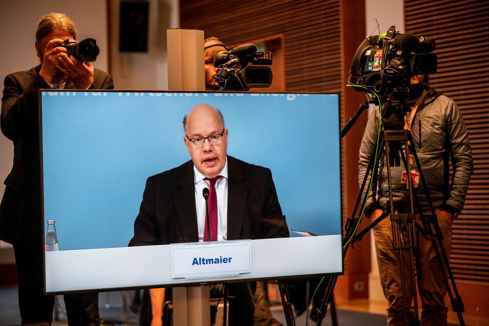 Wegen der Corona-Pandemie konnte Bundeswirtschaftsminister Peter Altmaier (CDU) die neue Außenstelle des Bundesamtes für Wirtschaft und Ausfuhrkontrolle (BAFA) in Weißwasser heute nur virtuell einweihen.
