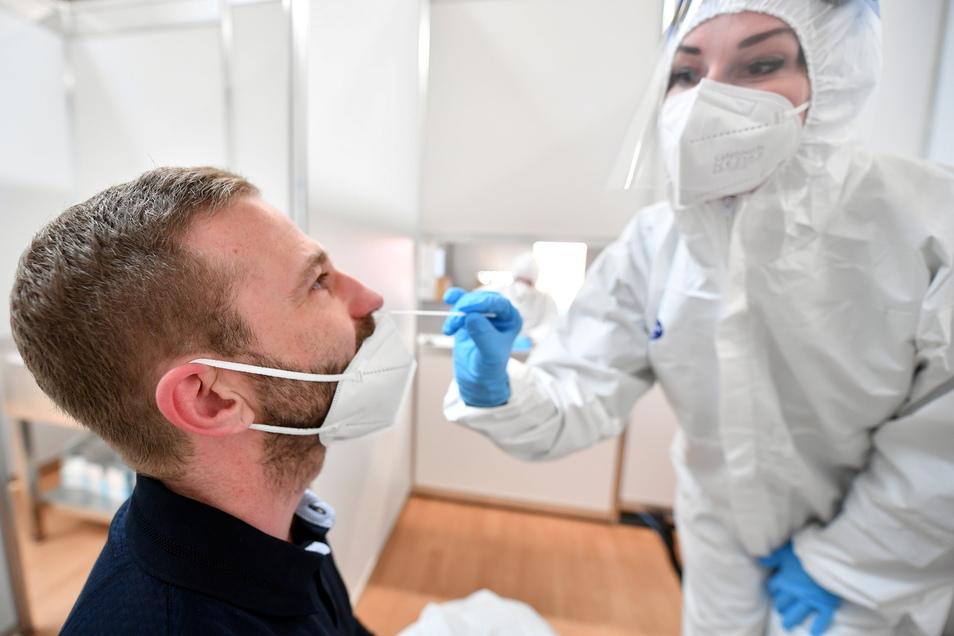 Die Corona-Inzidenz ist in Mittelsachsen gesunken, aber die Fälle der positiven-PCR-Tests gestiegen.