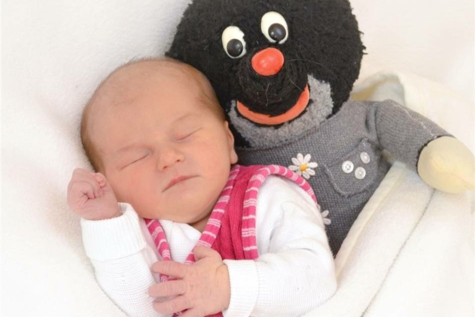 Ida  Geboren am: 25. Oktober Geburtsort: Zittau Gewicht: 3370 g Größe: 52 cm Eltern: Aline und Pierre Wohnort: Zittau