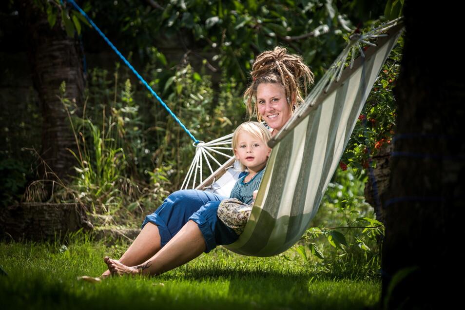 """""""Die Ängste werde ich ihm nicht nehmen"""": Corinna Nordhausen mit ihrem vierjährigen Sohn Bruno."""