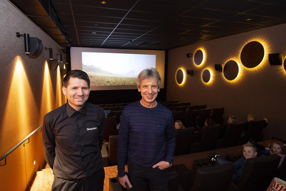 Freuen sich auf den Neustart: Filmpalast-Theaterleiter Stefan Kretschmer und Regionalleiter Maik Honscha (rechts).