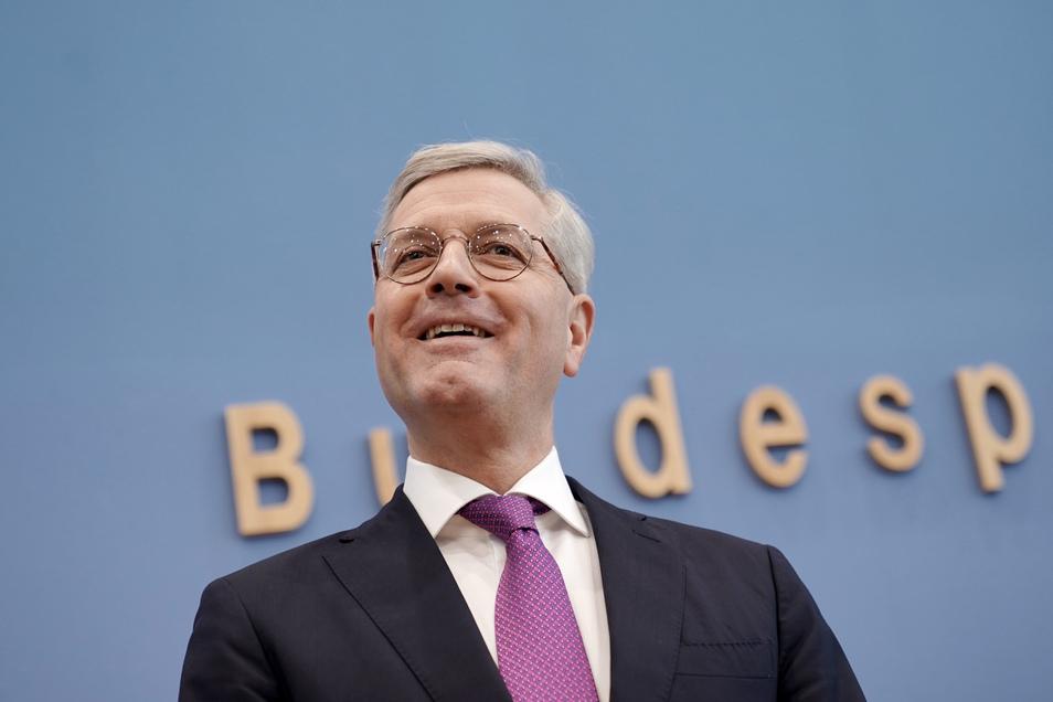 Norbert Röttgen (CDU) hat am Dienstag angekündigt, für den Posten des CDU Bundesvorsitzenden kandidieren zu wollen.