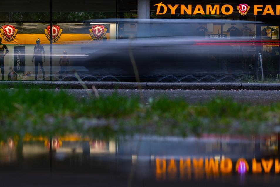 Noch ist nicht alles klar, doch so langsam nimmt Dynamos Rest-Saison konkrete Züge an. Nächste Woche will die DFL über die Verlegung des Bielefeld-Spiels entscheiden.