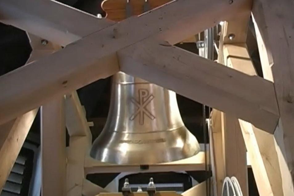 Am Sonntag sollen die Osterglocken der Friedenskirche (Foto) und der Johanneskapelle länger als sonst läuten.