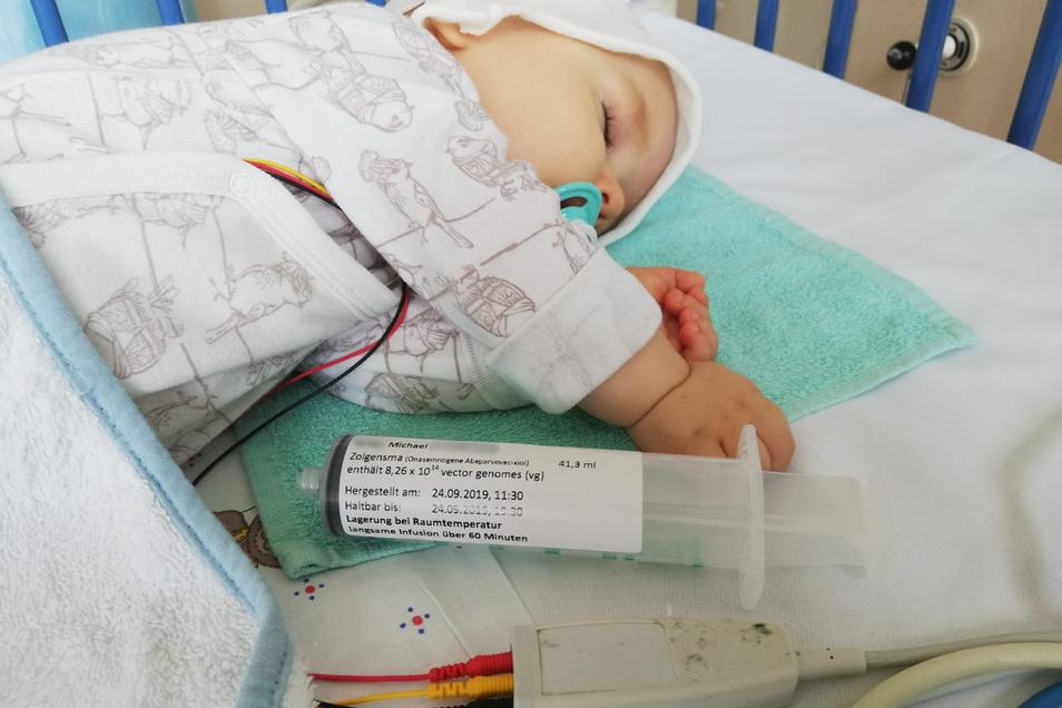Der einjährige Michael bekam letztes Jahr eine Injektion mit dem Genpräparat Zolgensma gegen spinale Muskelatrophie.