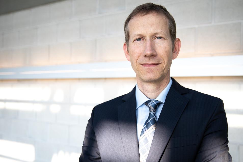 Ulrich Schreiber (53) ist Jurist und leitet das Referat für Denkmalpflege und Denkmalschutz im sächsischen Innenministerium.